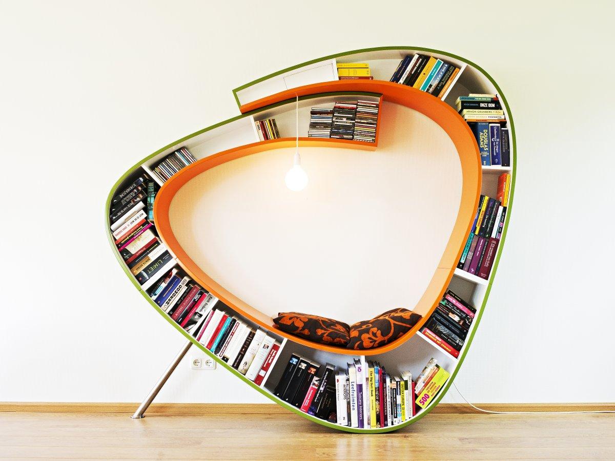 bookshelf-reading-chair-l-401fa19a42ffe78a