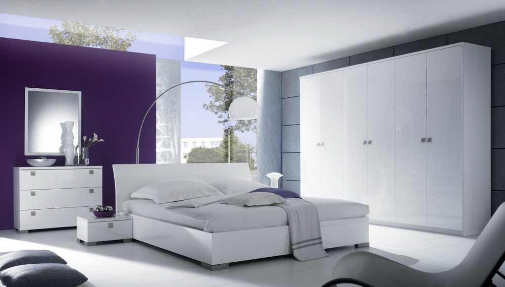 White-Furniture-In-A-Modern-Minimalist-Purple-And-White-Based-Bedroom-Design
