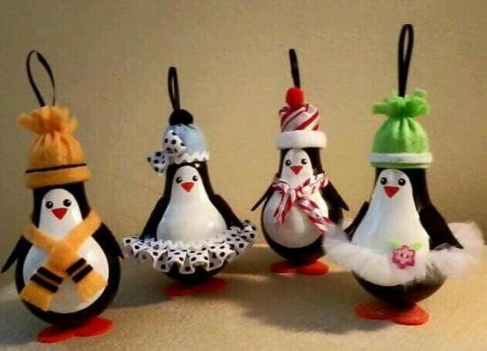 penguin-light-bulbs-550x397